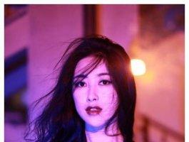 30多岁单身女明星,朱珠背景惊人!